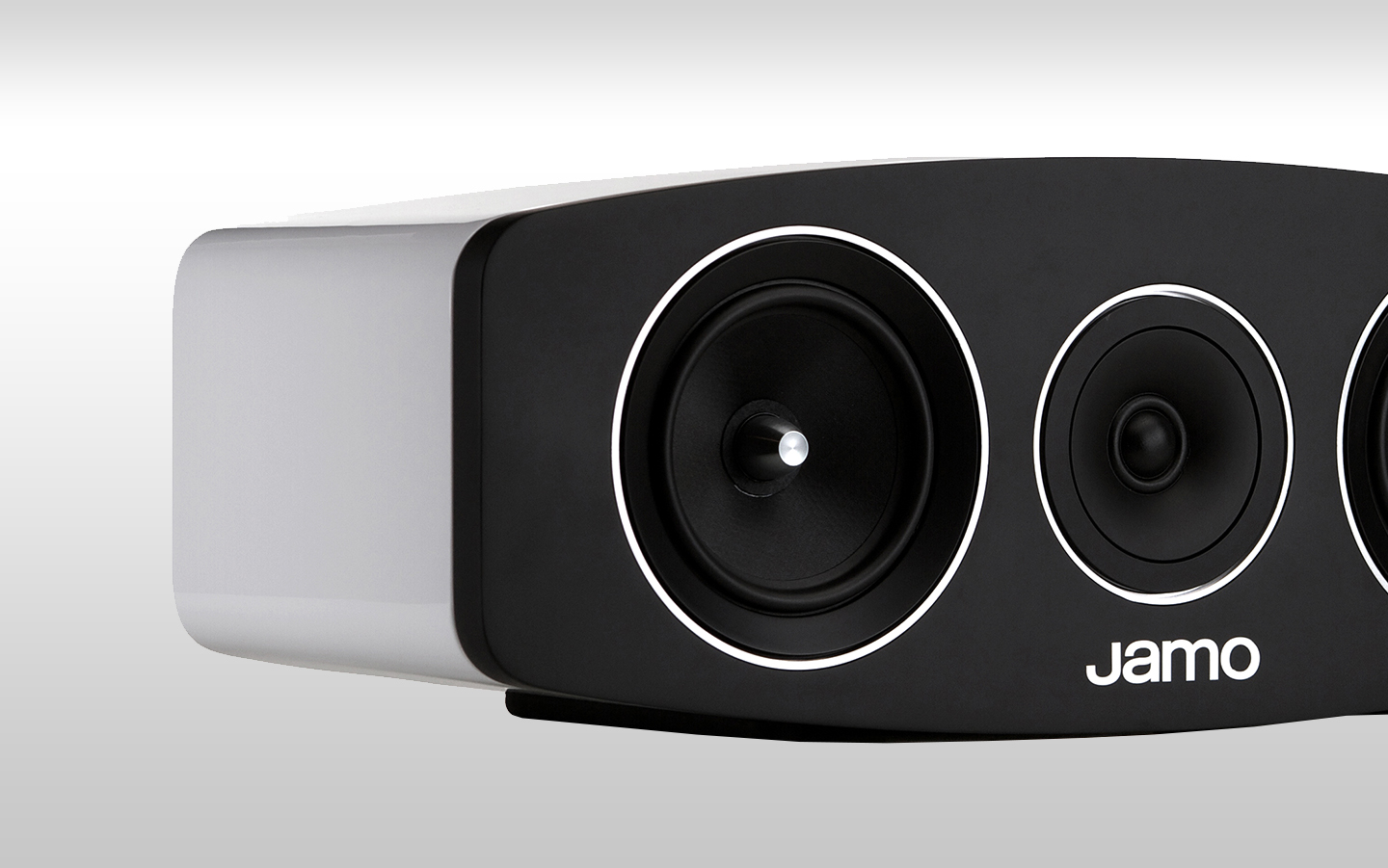 High End Minimalist Speakers Jamo